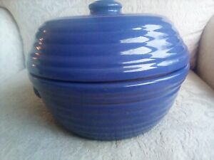 Vtg Blue Stoneware Dutch Oven Heavy Baking Dish w High Lid Ribbed Sides 7.5
