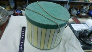 VINTAGE QUILTED SEWING BOX 11quot; X 13quot; IN DIAMETER WITH INSIDE TRAY amp; CONTENTS $35.00