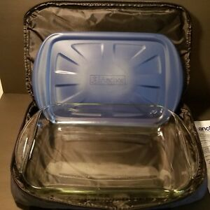 Anchor Hocking 3 QT Covered Baking Casserole Dish w/ Insulated Food Tote Bag EUC