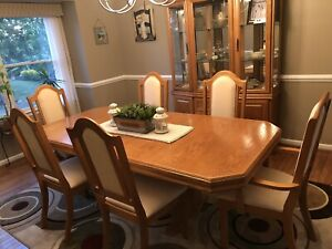 dining room set 6 chairs used