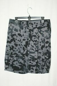 Under Armour Boys Youth Black Camo Shorts Sz YXL UA Golf NWT $29.77