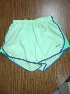 Nike Girls Tempo Running Shorts Large Dri Fit Mint Electro Green Athletic Cheer $10.00