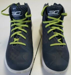 Boy's Under Armour Steph Curry Youth Basketball Shoes Size 7Y 7 youth $7.99
