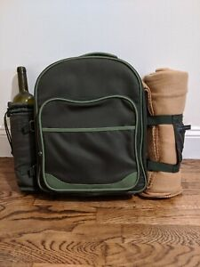 Picnic at Ascot Deluxe Equipped 2 Person Green Picnic Backpack