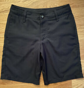 Youth Boys Under Armour Black Golf Shorts Size YSM Small EUC Style 1274401 $12.50
