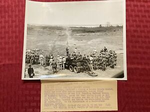 "1940 Original ACME News Photo ""Navy Men Attend Chemical Warfare School"" 05 19 40"