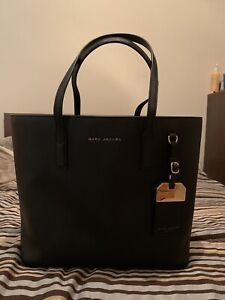 Marc Jacobs Tote Bag $84.99