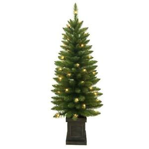 NEW Home Accents Holiday 4 ft. Pre Lit Douglas Artificial Christmas Porch Tree $28.99
