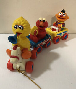 Sesame Street Parade Train Pull Toy Big Bird Elmo Ernie Vintage Tyco #A