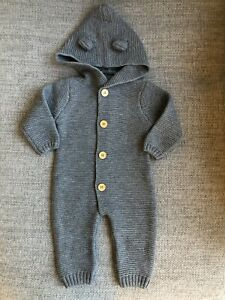 BNWOT Baby Boy Knitted Bear Hooded Pram Suit Outfit 12 Months Spanish GBP 29.99