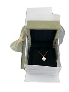 Van Cleef Arpels Sweet Alhambra Necklace pendant Yellow gold Mother of pearl $1295.00