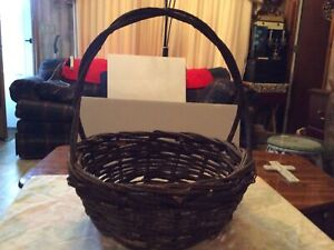 Woven Willow Grapevine Vintage Handle Basket. $64.97
