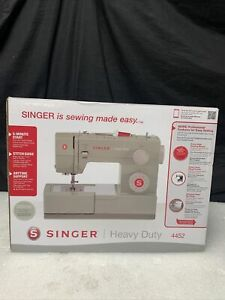 Singer Heavy Duty 4452 Sewing Machine with 32 Built In Stitches G525 $199.00