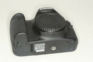 Canon EOS 6D 20.2 MP Digital SLR Camera BODY ONLY Very Nice