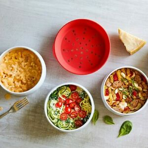 PAMPERED CHEF MICROWAVE PASTA COOKER