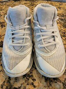 Toddler boys Under Armor shoes size 12 $12.00
