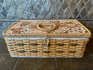 """Vintage Singer Sewing Basket 11.5"""" x 5.5"""" and 4.5"""" Tall 5019 $19.90"""