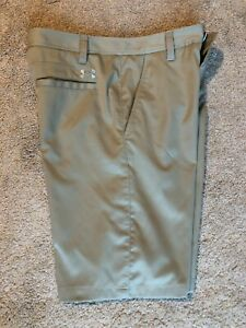 BOYS YOUTH UNDER ARMOUR GOLF SHORTS SIZE 16 TAN LOOSE $19.99