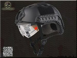 Military Airsoft Combat Helmet Emerson Tactical FAST Helmet PJ Type with Goggle