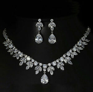 18k White Gold Necklace Earrings Set made w Swarovski Crystal Stone Bridal Jewel
