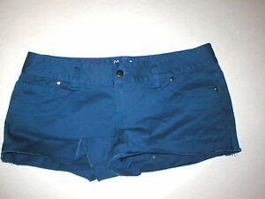 NWT Womens 12 Under Armour Shorts New Heat Gear Blue Casual Cut Off Raw Edge