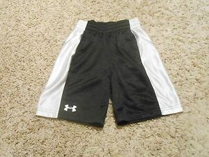 Under Armour Shorts Size 5 Boys Toddler BlackWhite Fits more like 3T-4T VGUC