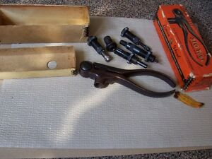 Vintage Lyman  Ideal  310 Tong Tool For 2R LOVELL 22 LOVELL 2R Complete wdies