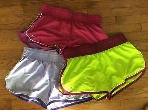 Under Armour Running Shorts Semi Fitted Heat Gear Size Medium lot of 3