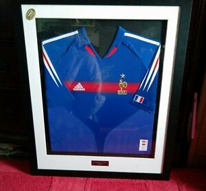 Zinedine Zidane signed France shirt