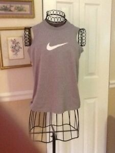 Nike Dry Fit Shirt Sleeveless Size M Preowned