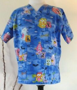 Womens Scrub Top V-NECK Halloween Treat Monsters Nursing Hospital Dental Sz S