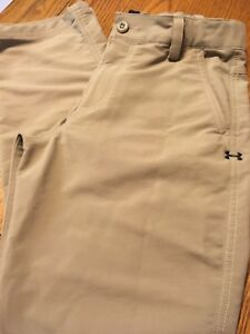 Boys Under Armour youth Medium athletic dress golf pants excellent condition