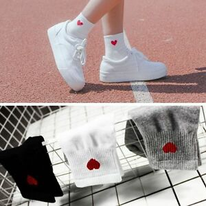 1Pair Cute Women Heart Pattern Soft Breathable Ankle-High Casual Cotton Socks