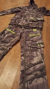 NWT Under Armour Storm 2 & 3 Mens Camo Pants and Jacket Mossyoak SM Scent Ctrl.