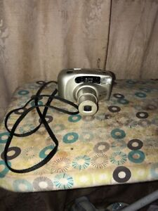 Yashica EZS Zoom f=38-105mm Film Camera Tested Works
