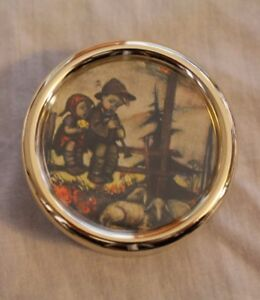 Music Box ~  Small Round Vintage Music Box Mapsa Swiss Musical Movement