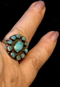 Early Wonderful Navajo Satellite Natural Turquoise Ring Size 7.5