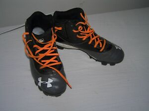 Boys Size 6 Gray & Black with Orange Laces Under Armour Football Shoes Cleats –
