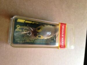 PRE RAPALA STORM WIGGLE WART IN V52    ( NIB )  GREAT LURE !!!!