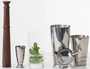 Signature 4 Piece Cocktail Shaker Gift Set With Shaker Muddler Strainer Jigger
