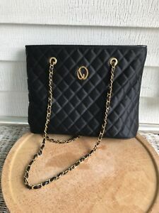 ST. JOHN QUILTED BLACK PURSE BAG CHAIN STRAPS LEATHER TRIM CLASSIC EXCELLENT