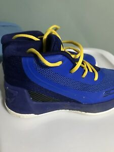 Stef Curry Size 7 1 2 toddler Under Armour Sneakers $28.00