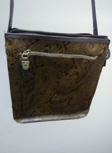Vintage Relic Brown Leather Purse Paisley Embossed Tooled