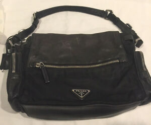 CLASSIC PRADA LOGO PUSH LOCK W KEY TESSUTO NYLON & SAFFIANO LEATHER BAG PURSE