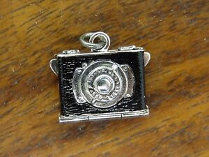 VINTAGE STERLING SILVER BRACELET CHARM MOVABLE CAMERA PHOTO LOCKET FOB RARE #M