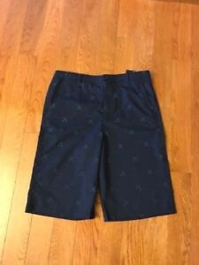 UNDER ARMOUR BOY'S GOLF SHORTS SIZE YOUTH 20 NAVY GREEN NWT MSRP$49.99 FAST SHIP $14.95