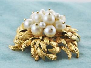 Pearl Brooch with Appr. 13 Pearls in Floral Intricate Design 18KYG $20K VALUE