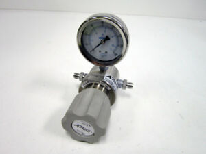 APTECH AK1010S 4PL 4 4 0 0 SINGLE STAGE HIGH PURITY PRESSURE REGULATOR