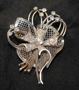 Beautiful Retro Design Trumpet Flower 2 CT Diamond Brooch in Solid WG- Est $20K!