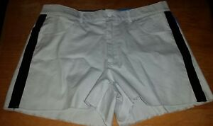 NWT Womens Under Armour Golf Shorts USA Fitted Stretch Frayed Hem Tan Size 16 $49.50